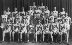 DeHart Hubbard (23 in the photo) with his teammates on the Michigan track squad.