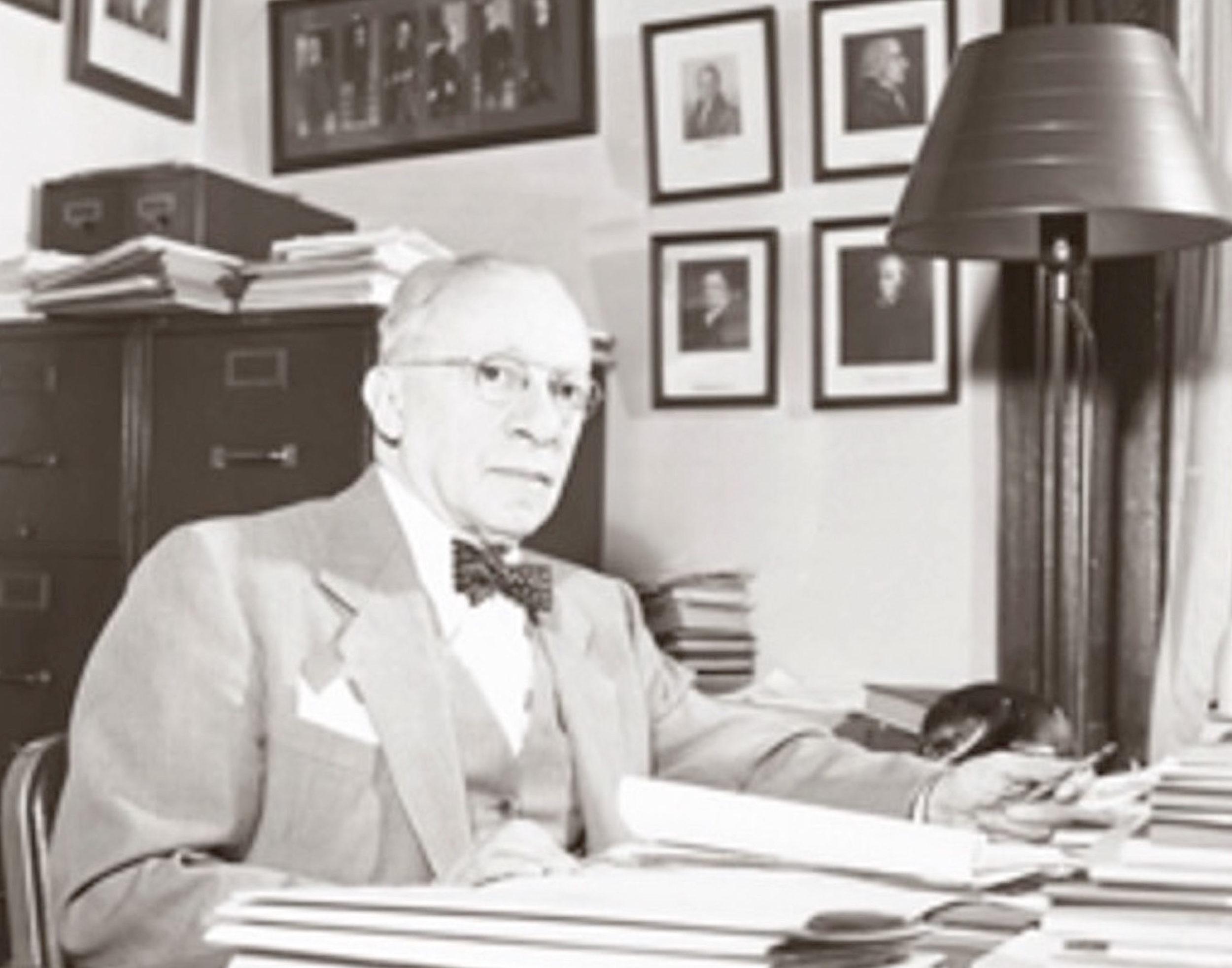 Leo Sharfman
